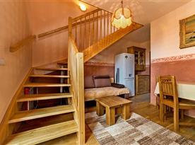Obývací místnost s kuchyňkou
