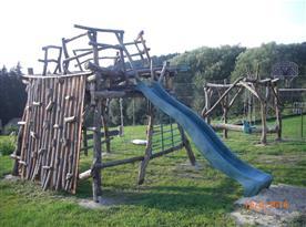 Dětské hřiště pro děti od 7 let s doprovodem