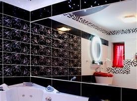 Romantický pokoj - koupelna s masážní vanou