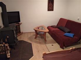 obývací prostor s tv