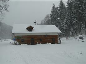 Chalupa Pod Kolavou v zimě
