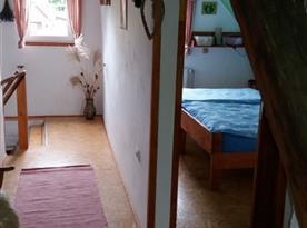 Chodba a ložnice v podkroví