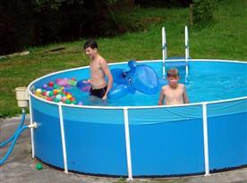 Bazén, který mají v oblibě zejména děti