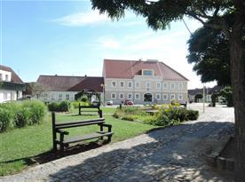 Kardašova Řečice - náměstí