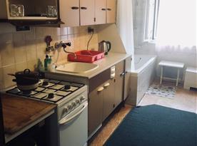 Plně vybavená kuchyně s vanou