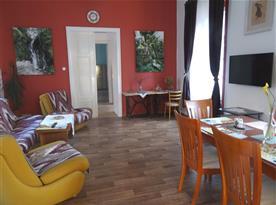 Apartmán PB Balcony - obývací pokoj