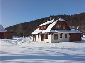 Chalupa Valachy v obci Velké Karlovice