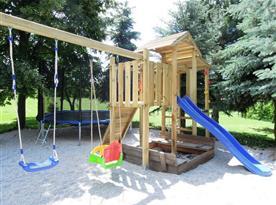 Venkovní dětské hřiště