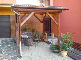 přední terasa-pergola