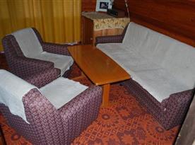 Obytná místnost se sedací soupravou