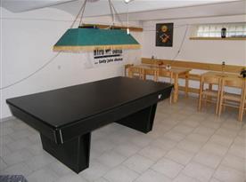 Společenská místnost a kulečník