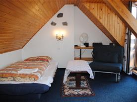 Chata Lucie - druhý podkrovní pokoj