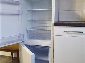 lednice s mrazákem - každý apartmán