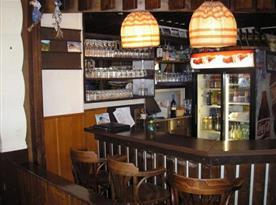 Bar s možností příjemného posezení