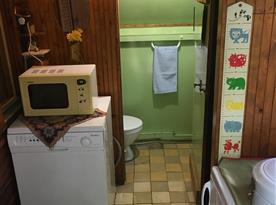 Pohled na toaletu z předsíně