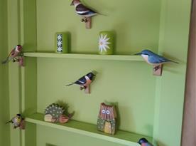 Vyřezávaní ptáčci ze dřeva