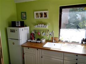 Plně vybavená kuchyně s jídelnou