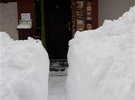 V zimě ideální pro běžky:-)A taky koulovačky či sněhuláky:-)