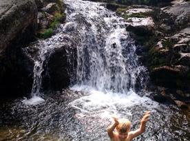 Vodopády Jedlová, koupání v létě