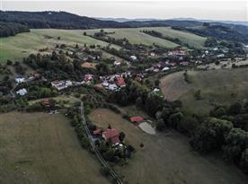 Letecký pohled na apartmán a okolí