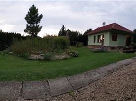 Pohled do zahrady