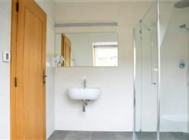Koupelna v apartmánu č.1 a č.2
