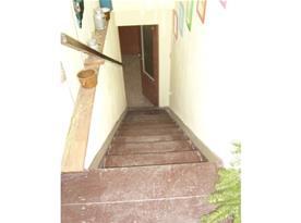 Pohled ze schodiště