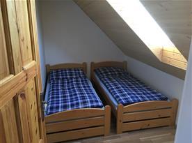 Apartmán B v podkroví pokoj 2