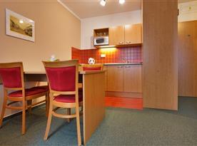 Kuchyňský kout v apartmánu Family&Business