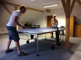 vstupní hala (herna) s pingpongovým stolem pro naše hosty