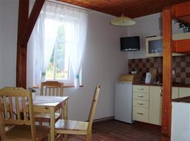 Mezonetový apartmán - Kuchyňský a jídelní kout
