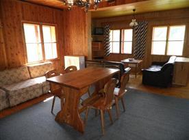 Společenská místnost s krásným výhledem na blízké okolí