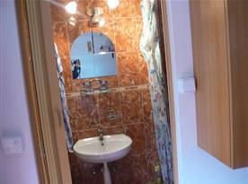 Koupelna s umyvadlem