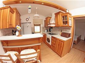 Přízemní apartmán - vybavená kuchyně
