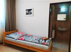 Dvoulůžkový pokoj č.1 s koupelnou