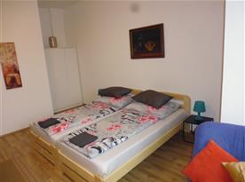 2 l. pokoj č. 3 s koupelnou 20 m2