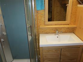 Designové umyvadlo MILANO GRANDE z litého mramoru se skříňkou a zrcadlem