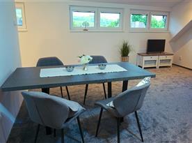 Obytný pokoj s kuchyní