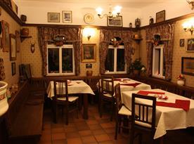 Společenská místnost - prostory bývalé restaurace