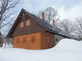 Celkový pohled na objekt v zimě
