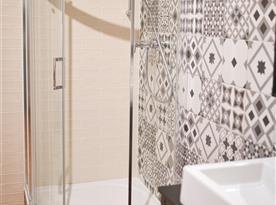 Pokoj A - koupelna
