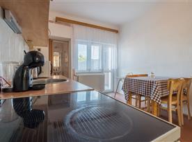 Kuchyně v patře