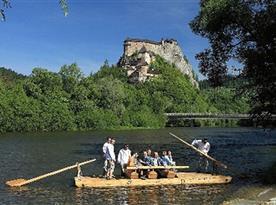 Oravský hrad  a pltníctvo po rieka Orava
