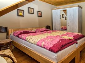 Ubytovanie pre 9 osob-2postelová izba