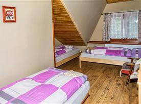 Ubytovanie pre 9 osôb -3 postelová izba