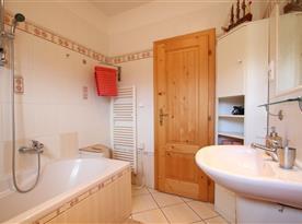Apartmán pro 4 - 6 osob s 2 místnostmi - koupelna