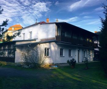 Apartmán(y) Pod zámkem v Babiččině údolí Chvalkovice