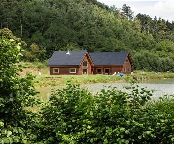 Rekreační dům Srub s rybníkem na samotě
