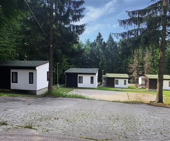 Chatová osada Tesák - TON rekreační středisko Rajnochovice